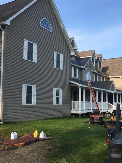 roof cleaning service around erie pa