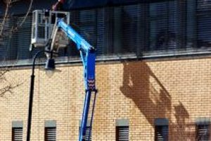 cleaning commercial exteriors